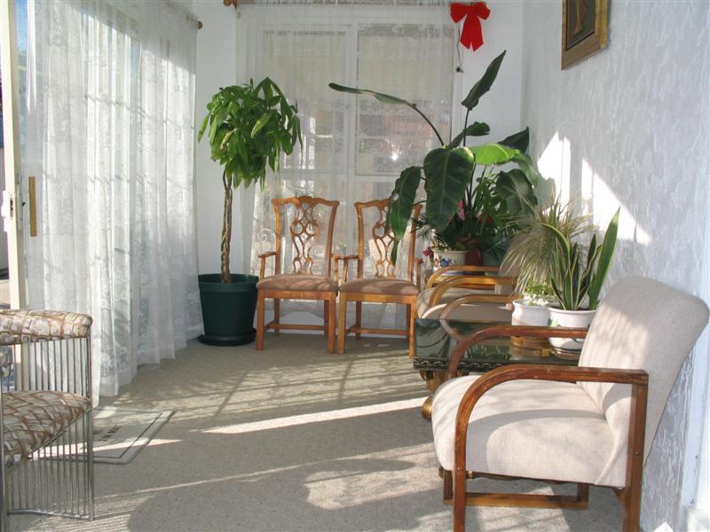 美国养老院 室内晒太阳的房间